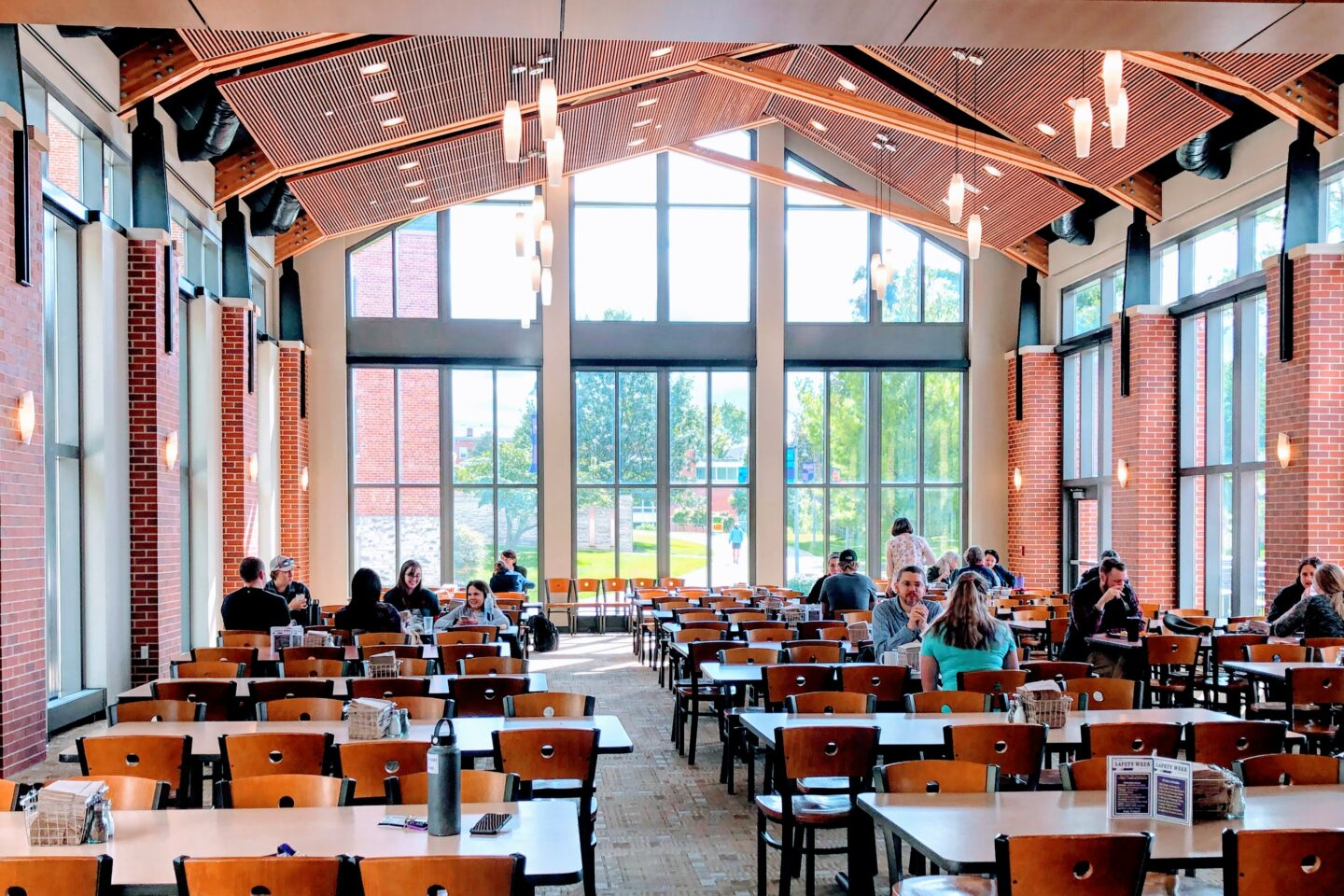 Gorgeous dining hall at a college campus