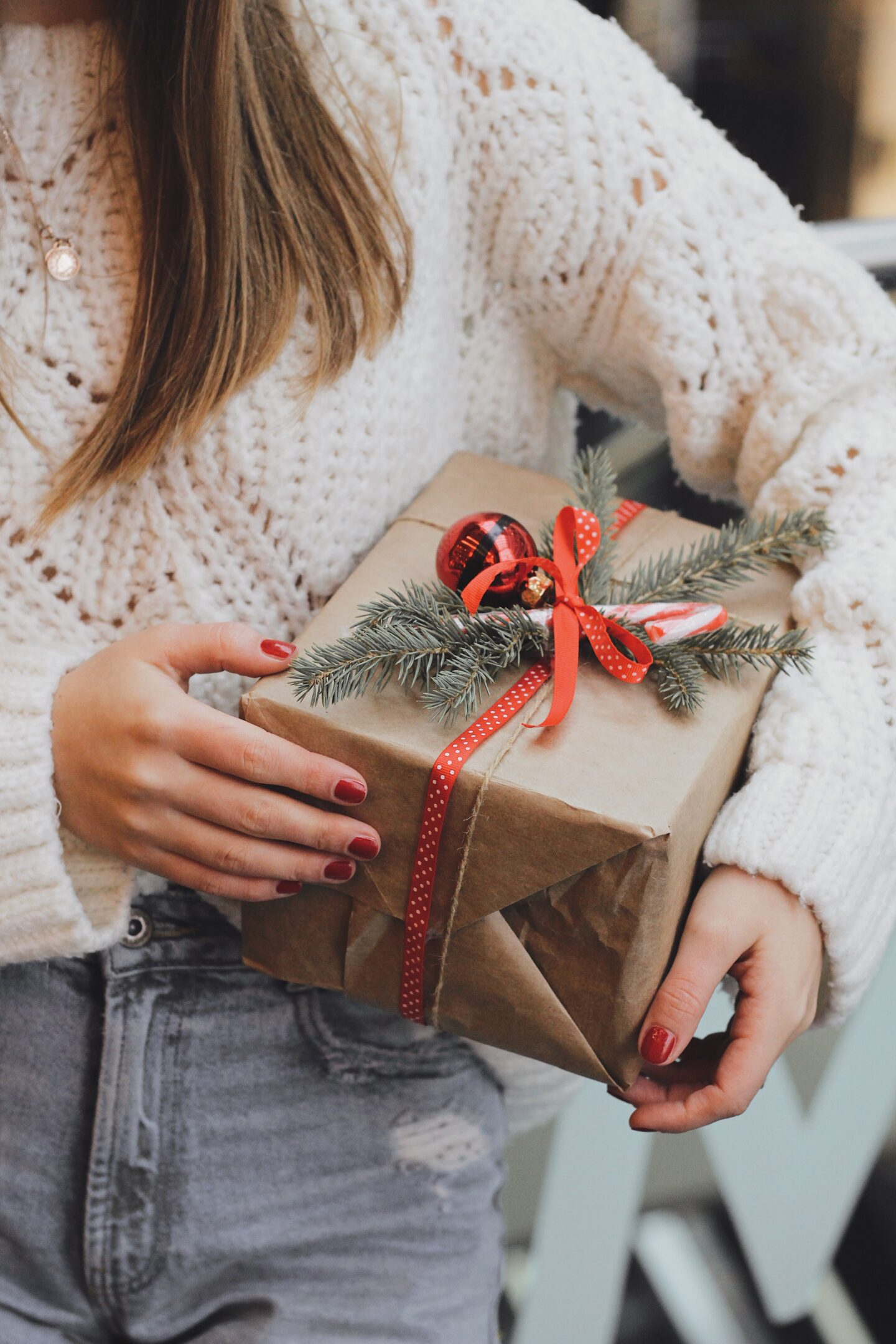 Gifts For A 20 Year Old College Girl She'll Love