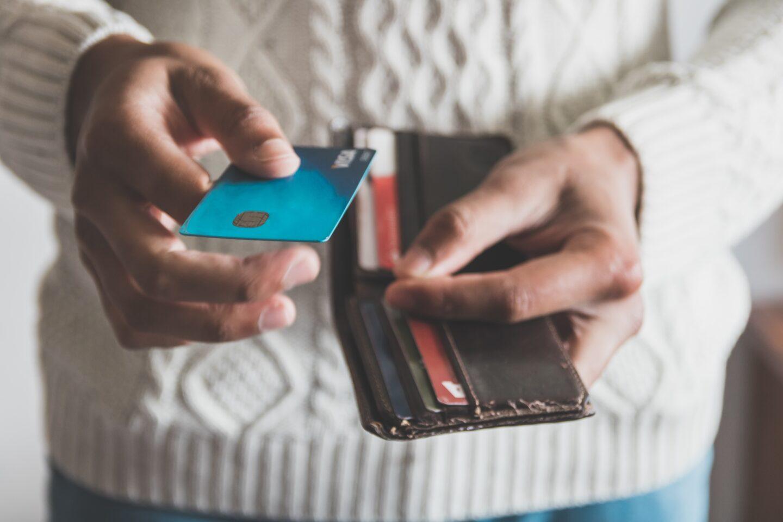 Best Ways To Establish Credit While In College